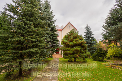 Продается дом, 418 кв.м., Жостово