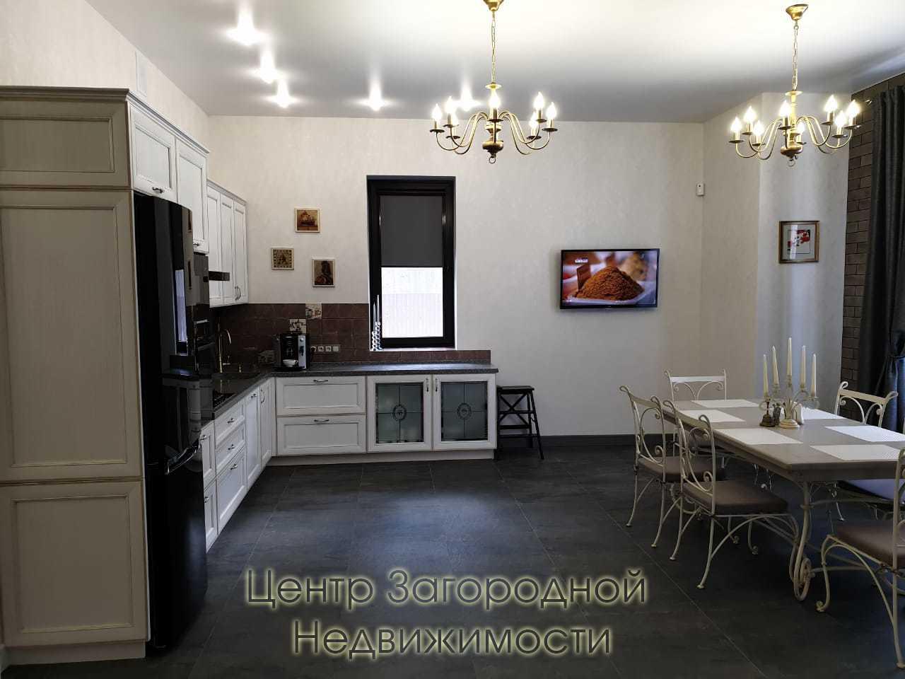 Московская область, Ленинский район, поселок Мещерино, Таежная улица 4